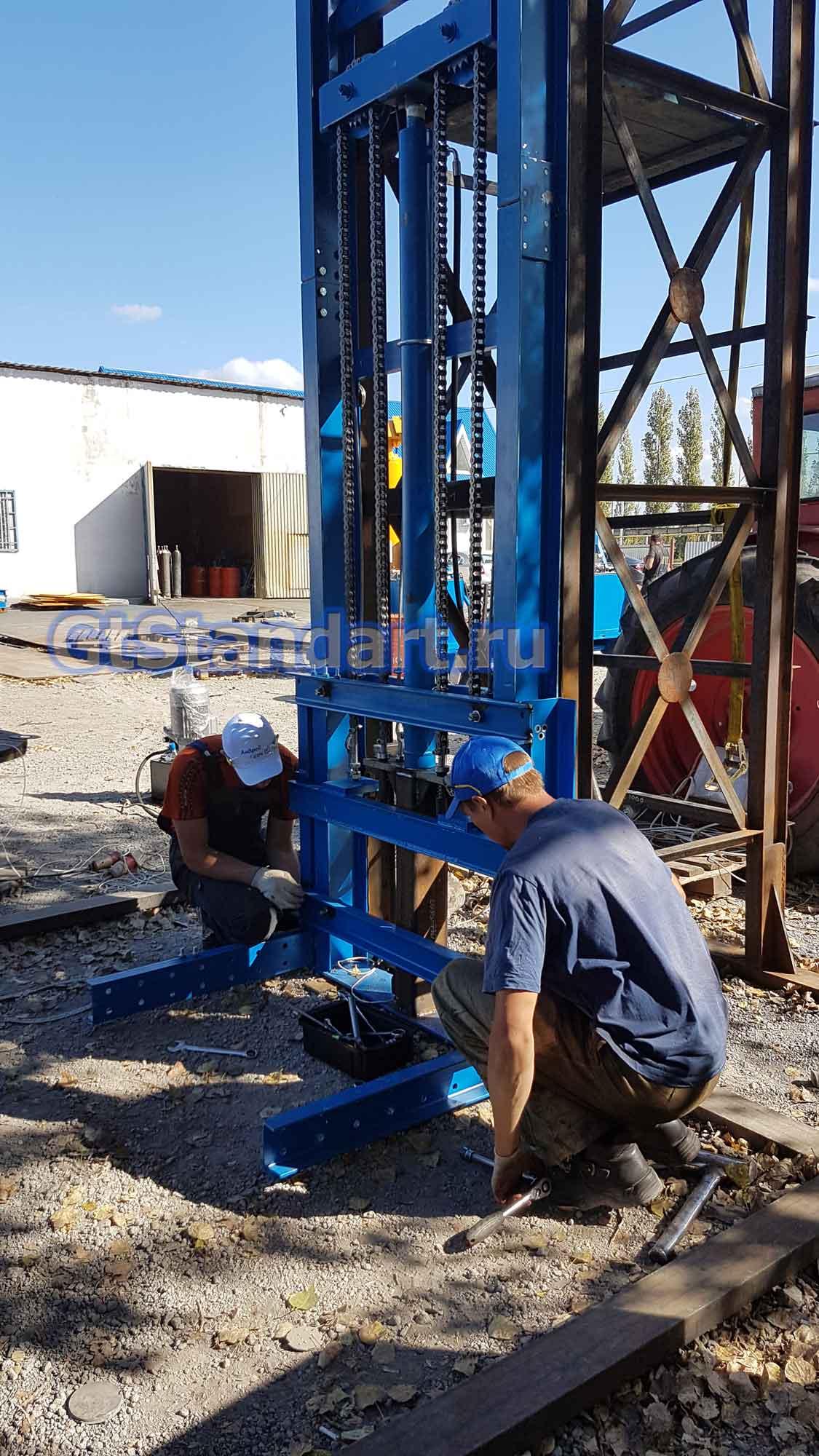 производство грузовых лифтов