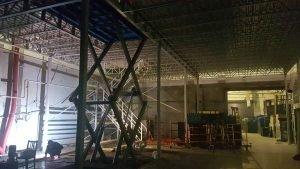 Подъёмная платформа для склада