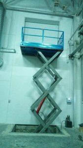 подъемная платформа для склада