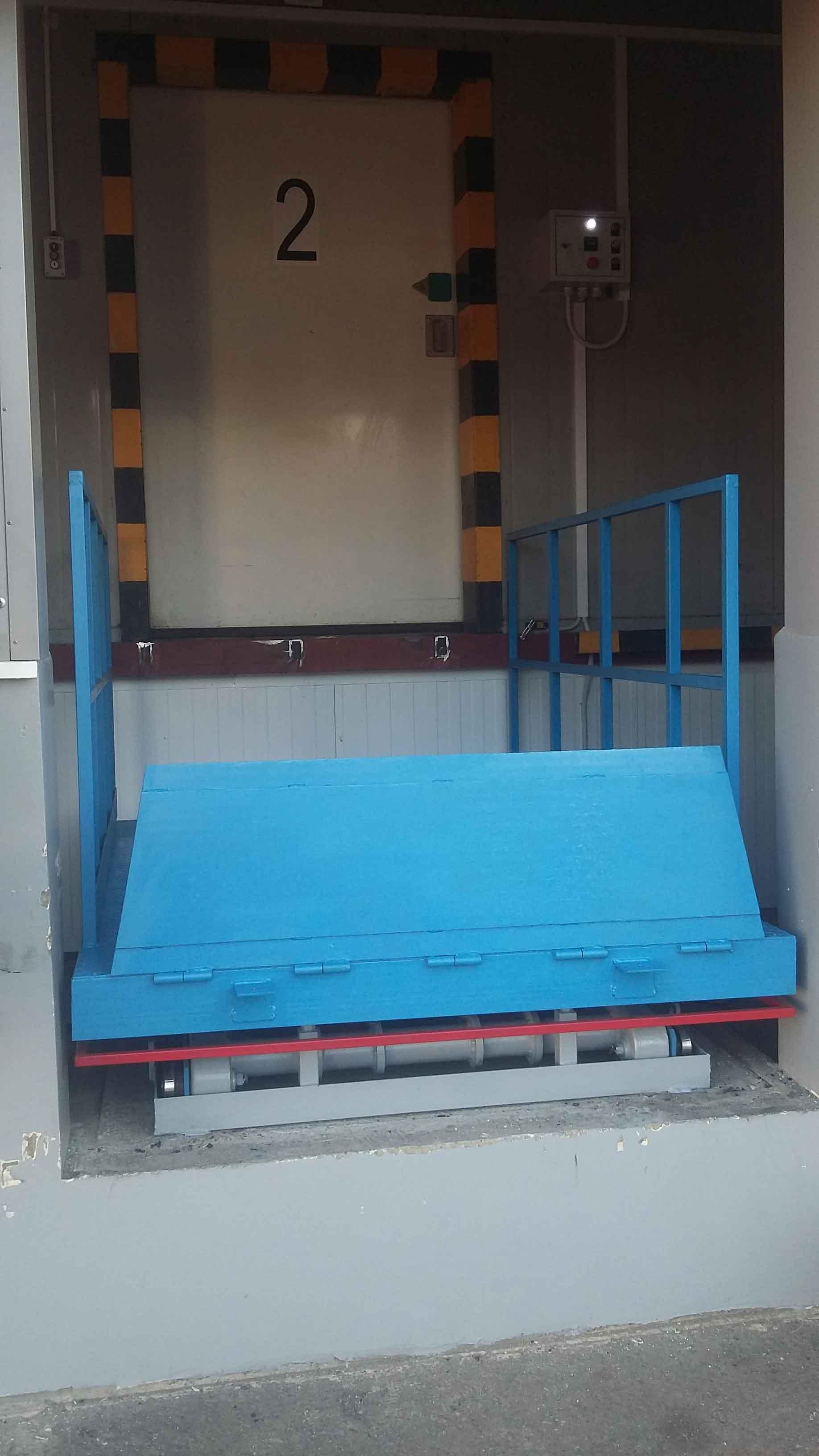 столы подъемные гидравлические стационарные для склада