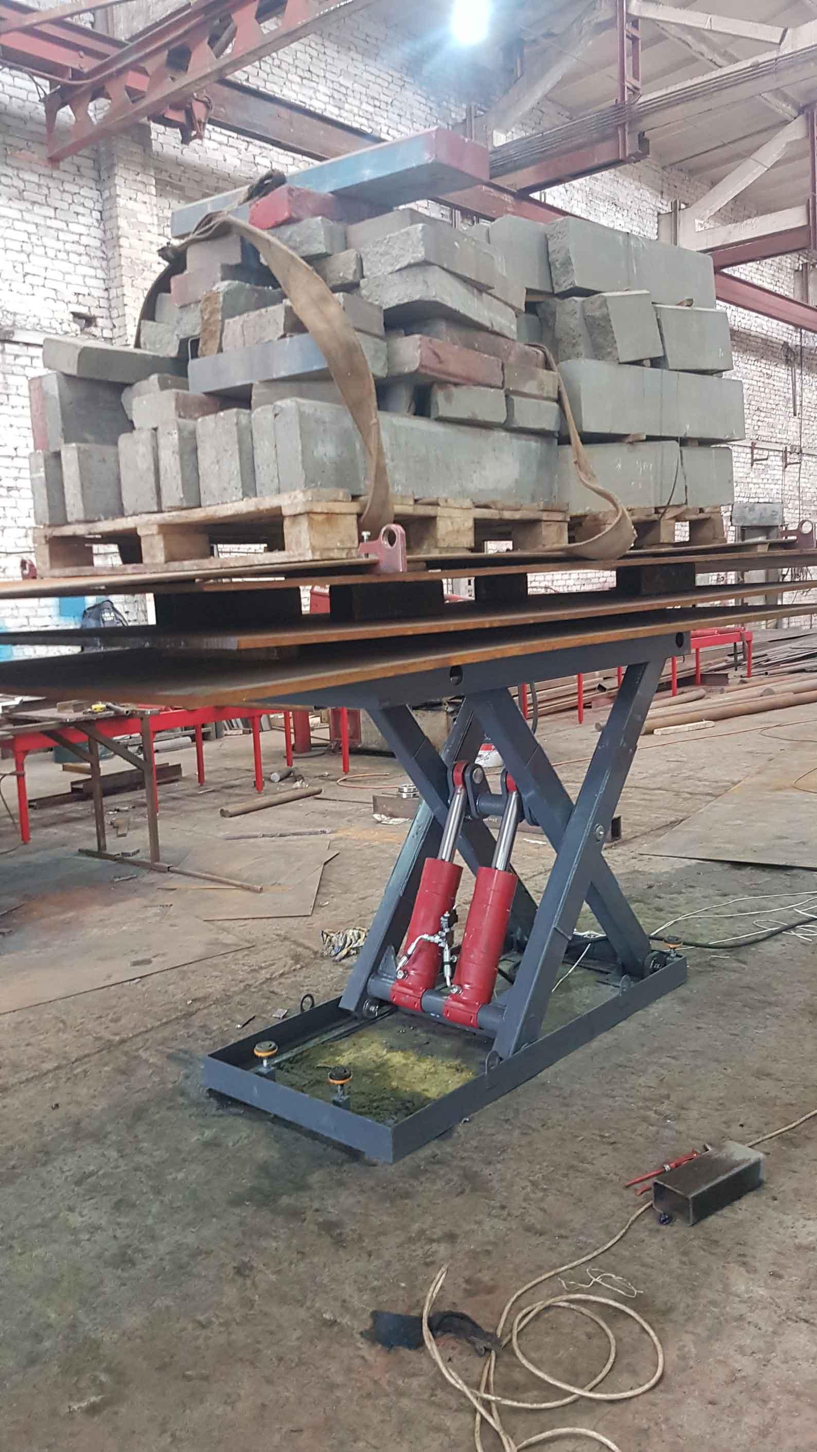 Гидравлический-ножничный-стол-6-тонн