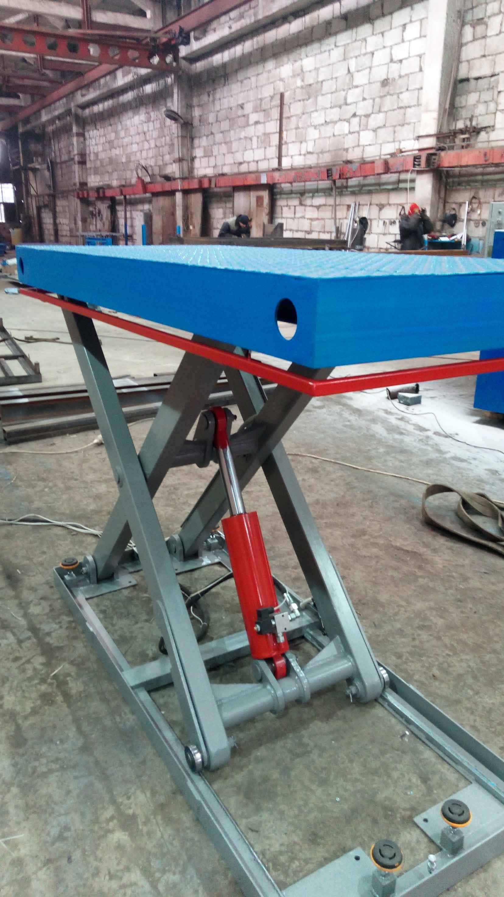 Подъёмный-стол-для-деревообрабатывающей-промышленности-